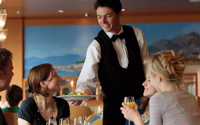 We can cover any need of your hotel or restaurant in camps, receptionists, guards, midfielder, managers, barmen / barwomen, gardeners, cooks, waiters, lads, cooks and helping hands.
